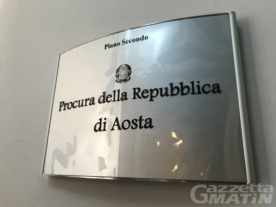 Piano vaccinale, il Codacons presenta un esposto alla Procura di Aosta