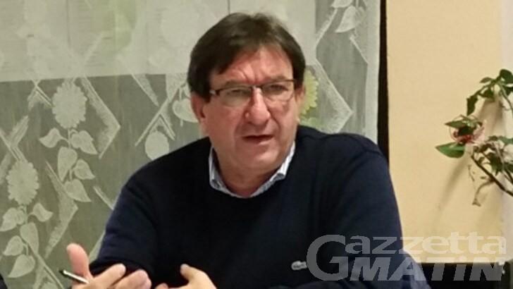 Calcio, Mossino ammette: «Non ci sono le condizioni per riprendere»