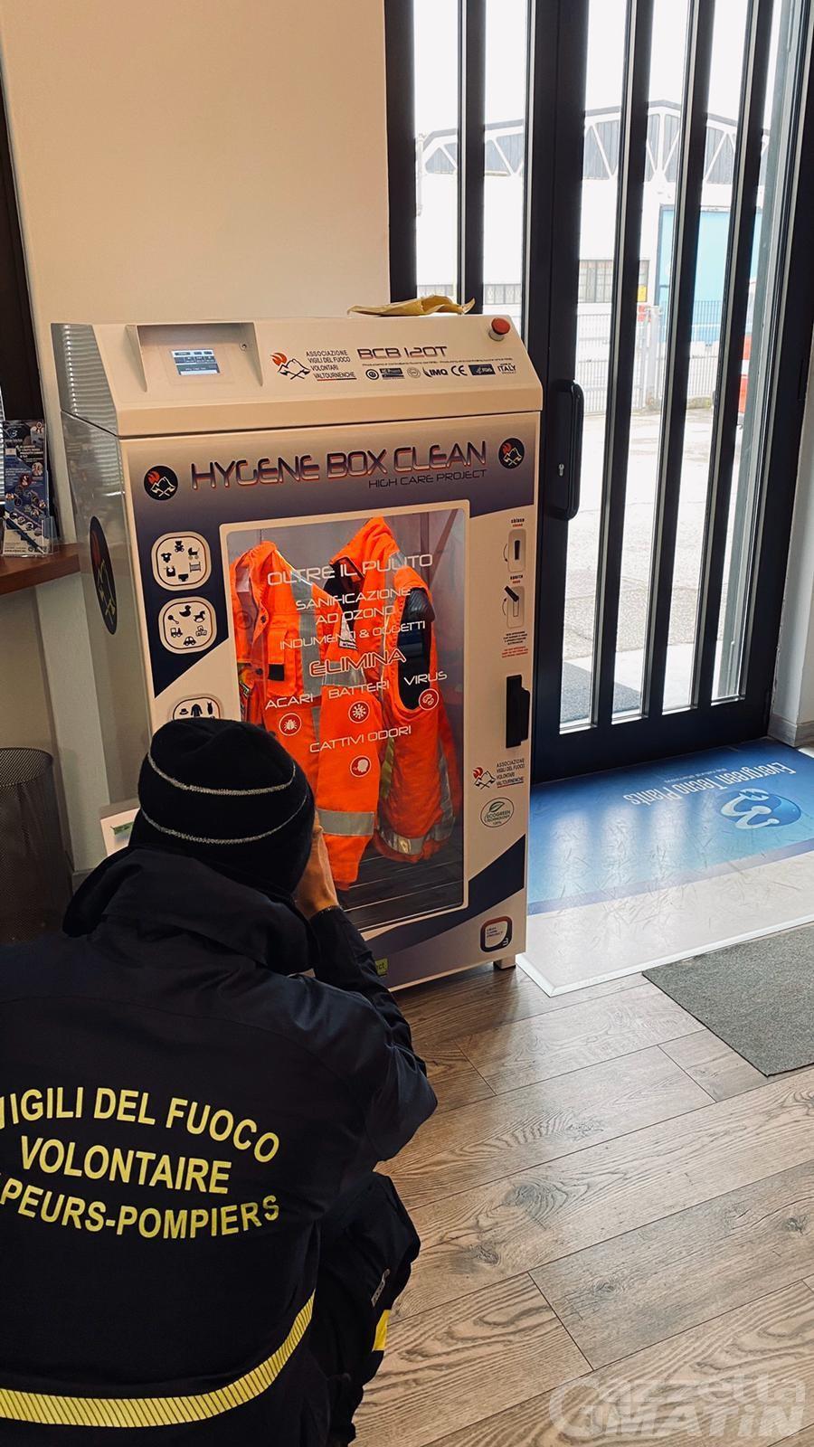 Valtournenche, un macchinario per sanificare DPI dei vigili del fuoco