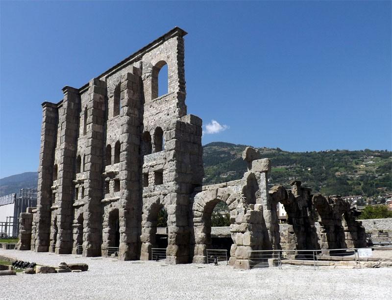 Zona gialla, Valle d'Aosta: riaprono castelli, musei, mostre e siti archeologici, gratis fino al 14 febbraio