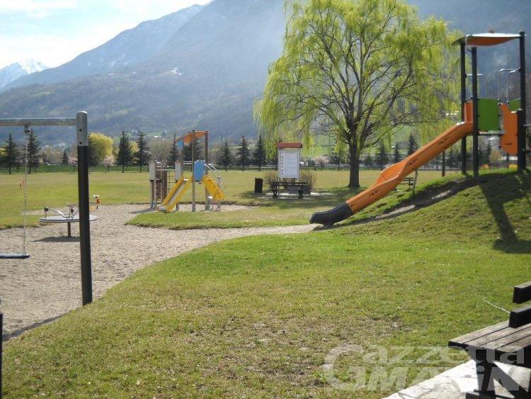 Riaprono giovedì 21 maggio aree verdi e parchi gioco dei comuni dell'Unité Mont-Emilius