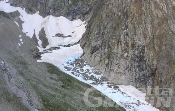 Val Veny, valanga invade il sentiero della via normale dell'Aiguille Noire: nessun ferito