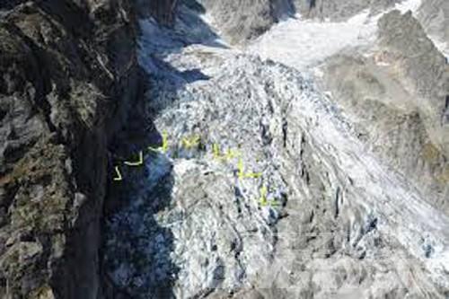 Courmayeur, nuovo rischio di crollo del ghiacciaio Planpincieux: Val Ferret da evacuare