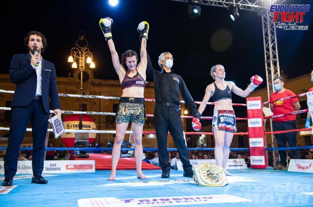 Combattimento: Martine Michieletto da leggenda, 7° titolo mondiale