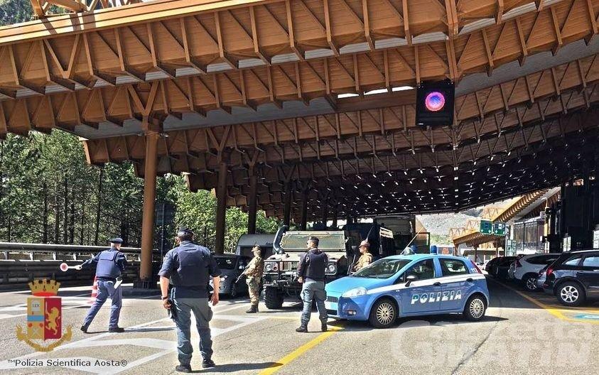 Traforo del Monte Bianco, arrestata una 35enne: era destinataria di un mandato europeo