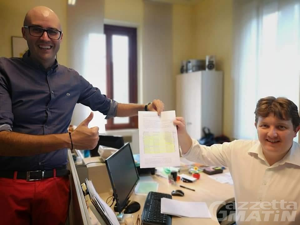 Elezioni: l'Uv deposita le liste: solo 23 candidati per le Regionali, 19 alle Comunali di Aosta