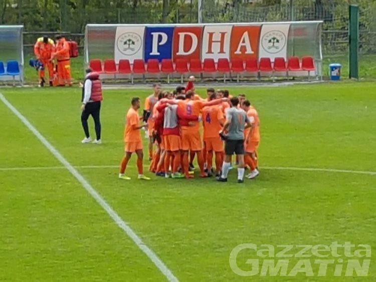 Calcio serie D, il PDHAE vince anche a Fossano ed è secondo