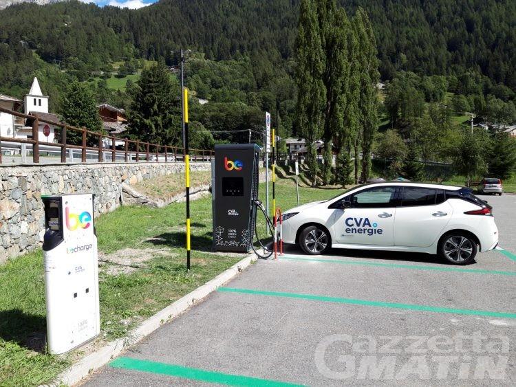 Mobilità sostenibile: Cva posiziona a  Maën di Valtournenche una stazione di ricarica per auto elettriche