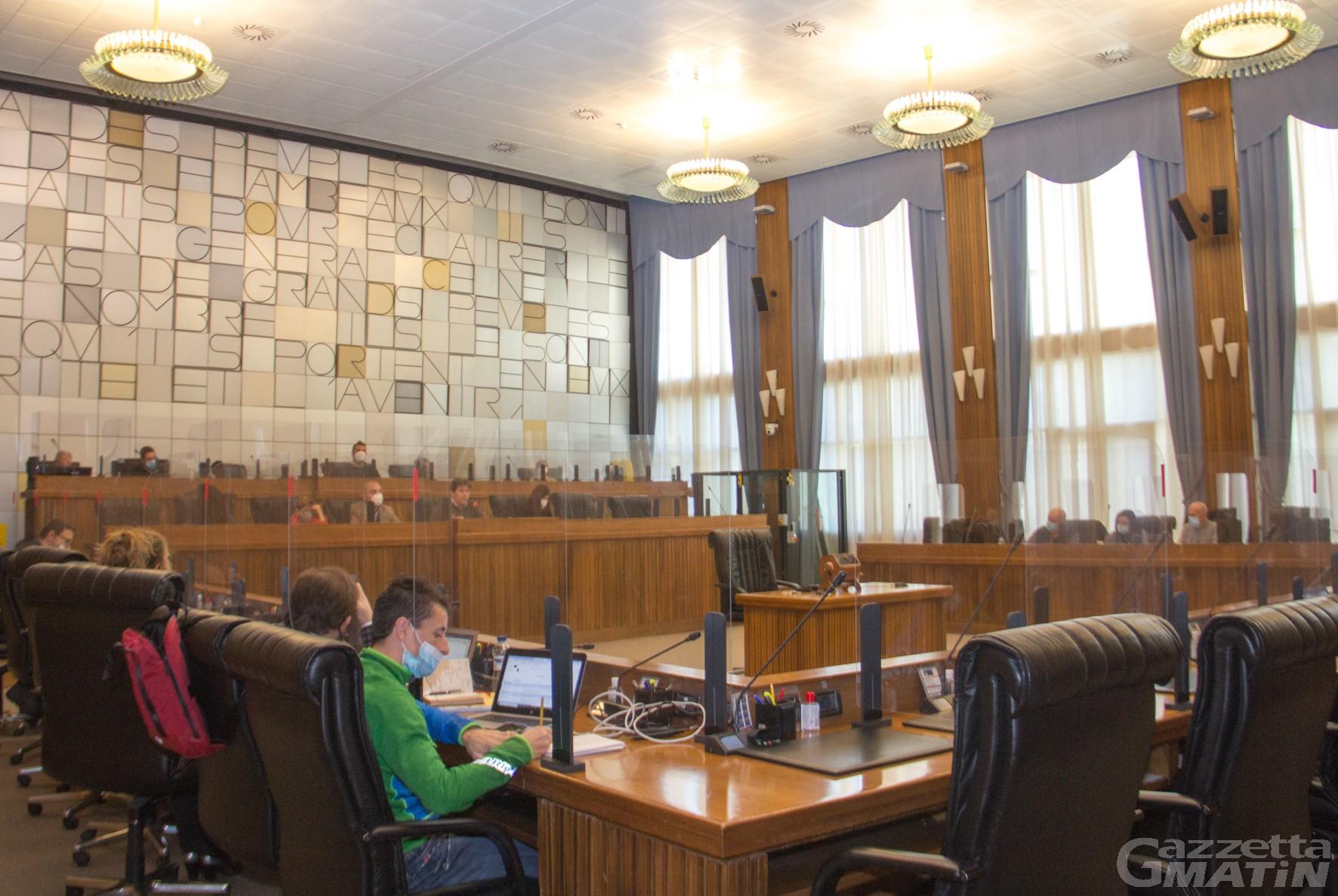 Bilancio regionale in continuità, Malacrinò: esercizio provvisorio scongiurato