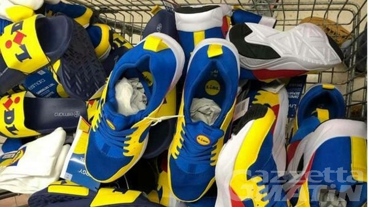 Da trash e cult in poche ore, sneakers LIDL sold out anche in Valle