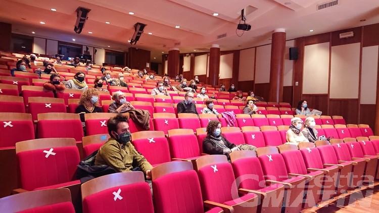 Teatro, Prove Generali incontra il suo pubblico online