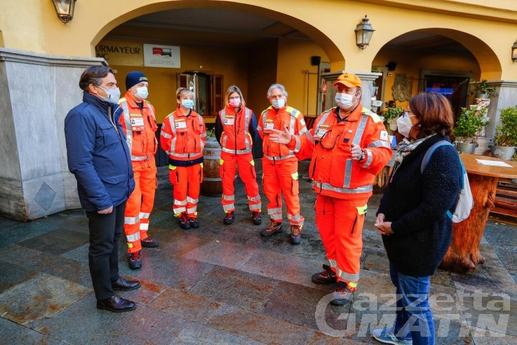 Courmayeur, nuovo defibrillatore al Jardin de l'Ange
