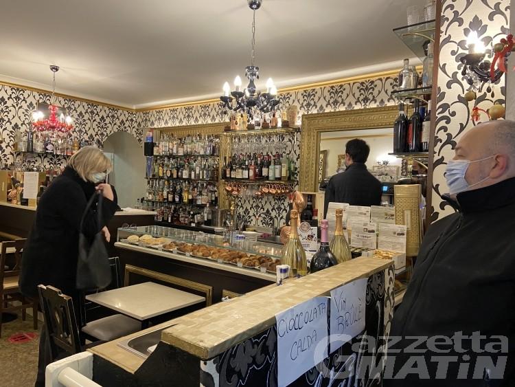 Nuova ordinanza Valle d'Aosta: il 7 e 8 zona gialla, aperti bar e ristoranti