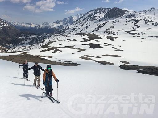 Scialpinismo: lezioni gratis con le guide alpine per i residenti in Valdigne
