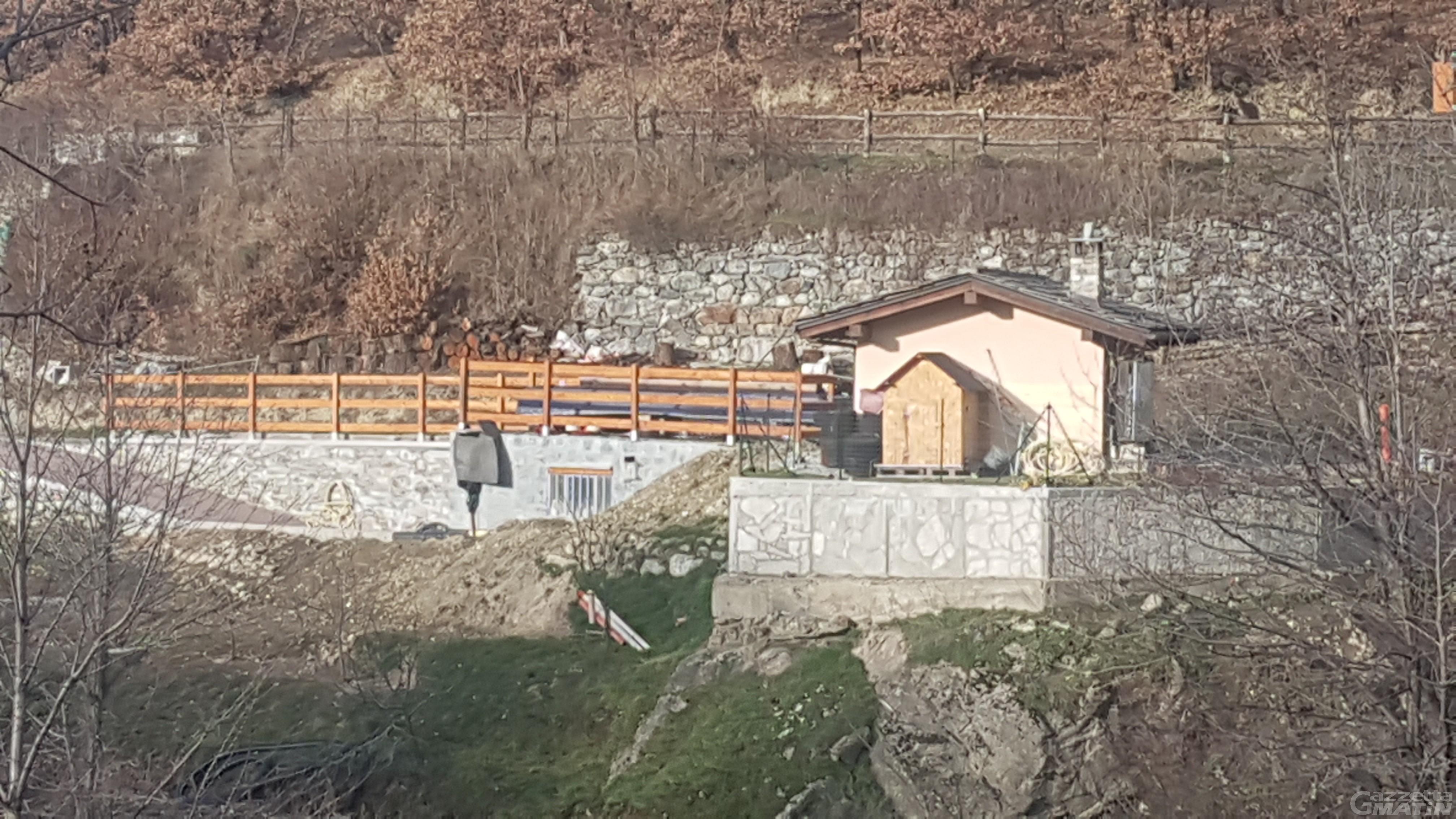 Abuso edilizio a Quart: nuovo sequestro per depositi a uso residenziale