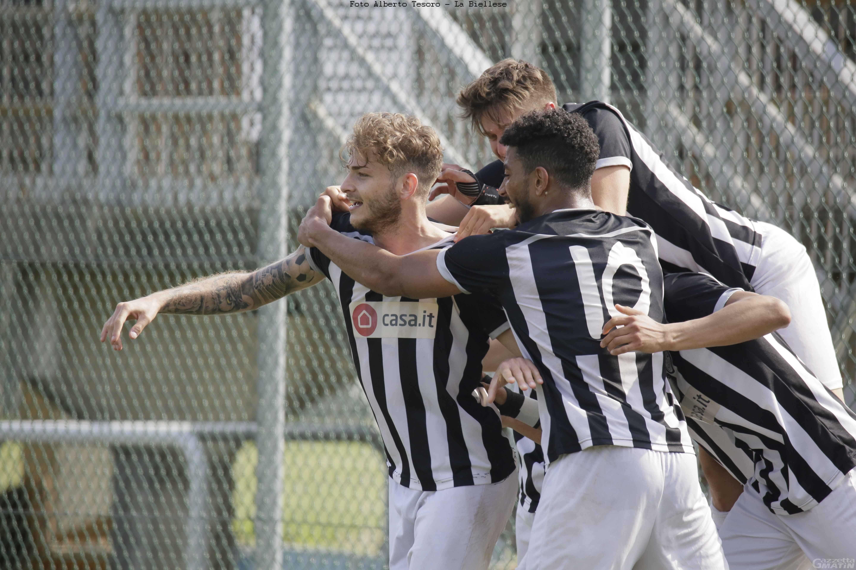 Calcio: Furfori e Brunod illudono l'Aygreville, Menabò la castiga