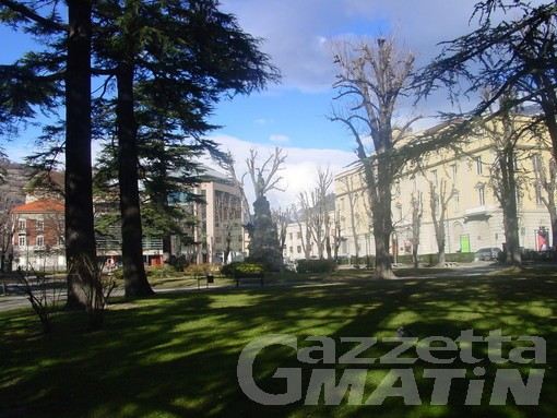 Aosta: spaccia crack davanti al tribunale, arrestato e condannato