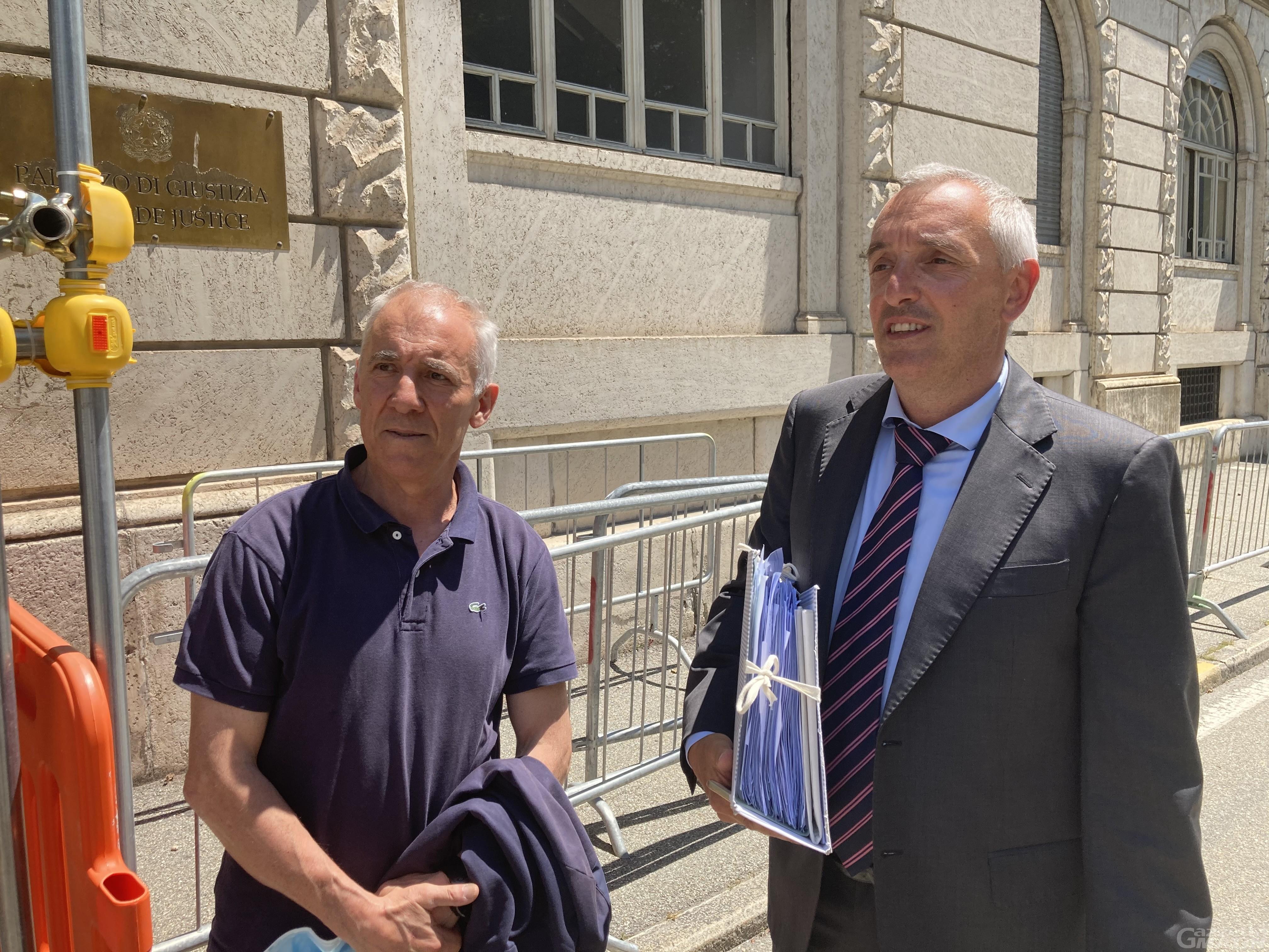 Abusivismo odontoiatrico a Saint-Christophe: tutti assolti i 4 imputati